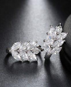 Boucles d'oreilles mariée feuille zirconium