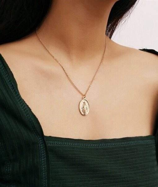 Collier medaille femme chloe bijoux fantaisie pas