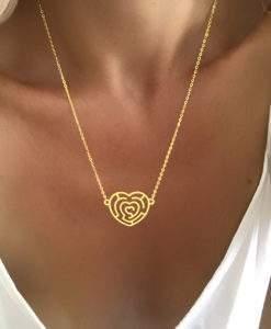cadeau femme collier coeur dore